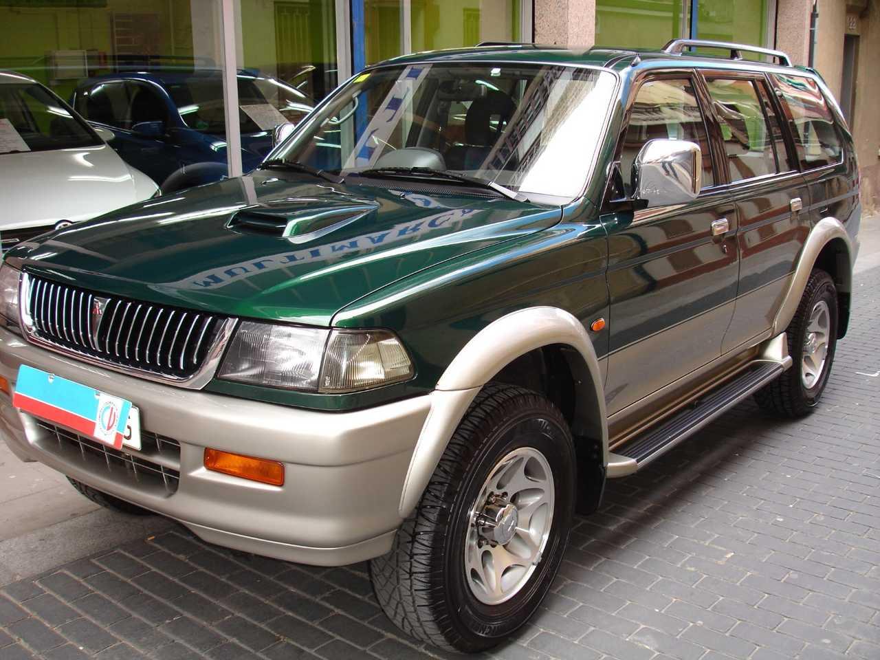 Mitsubishi Montero Sport 2500   - Foto 1