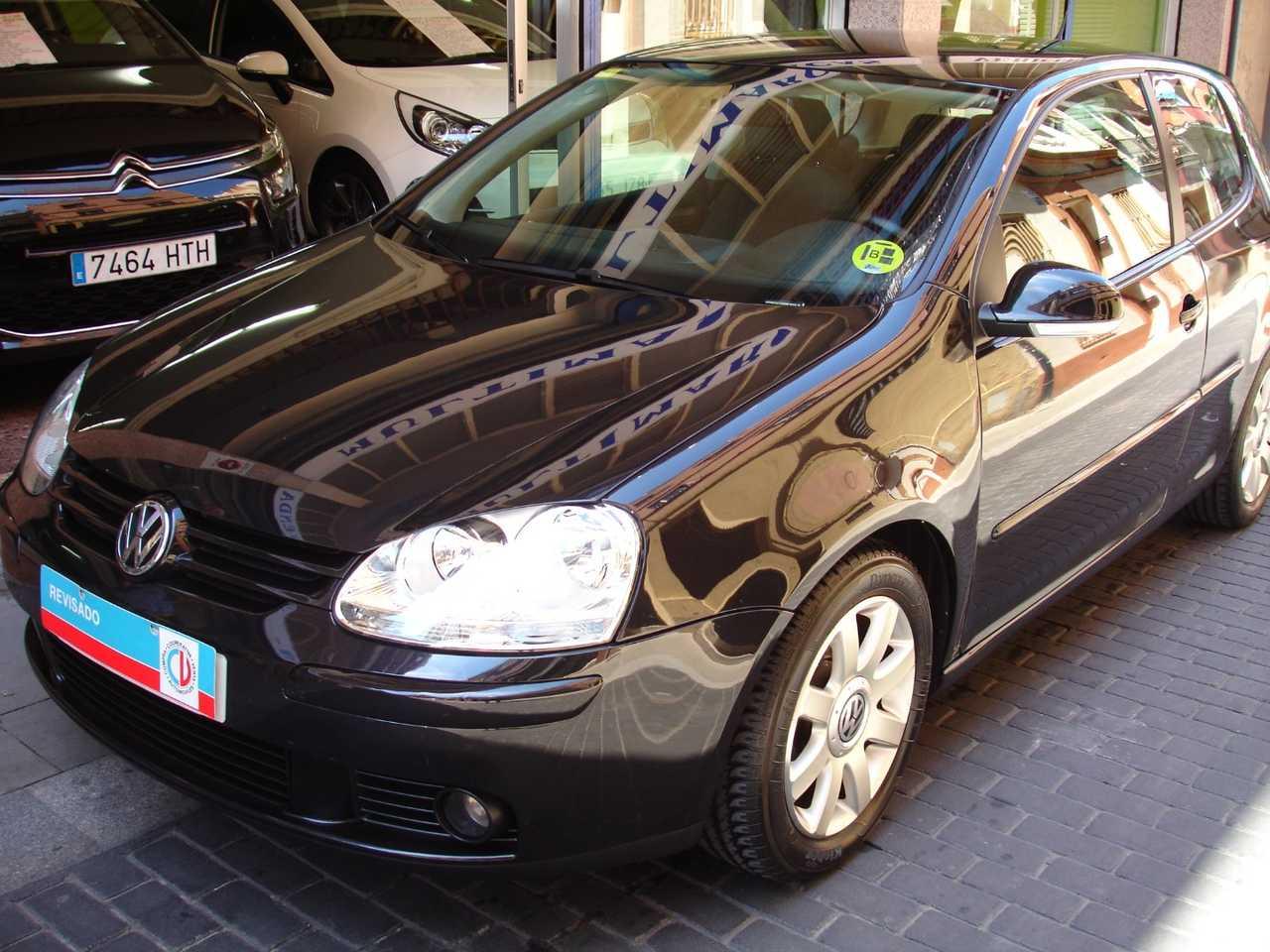 Volkswagen Golf 1.9 TDI SPORTLINE   - Foto 1