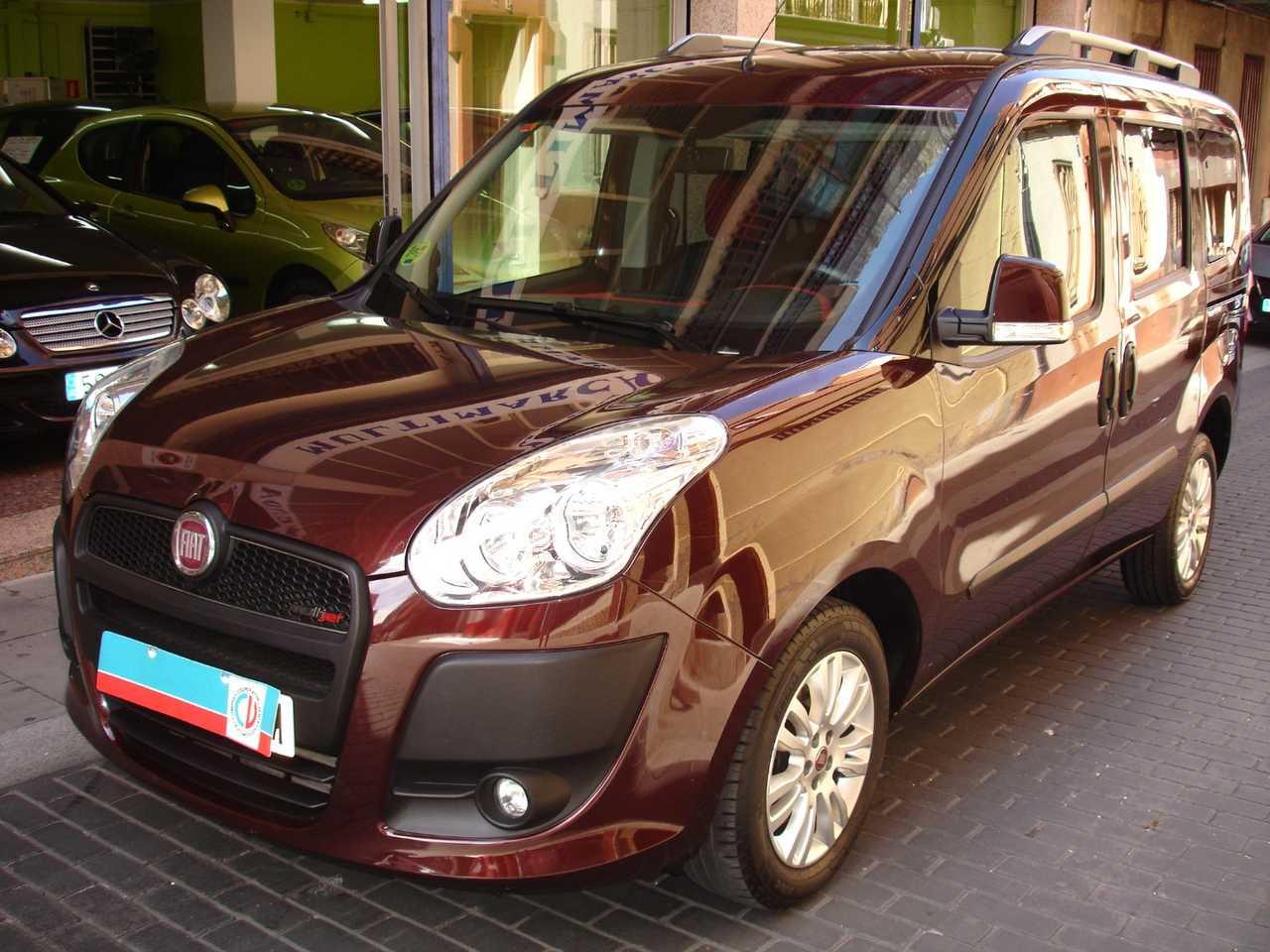 Fiat Doblo Panorama 1.6 JTD PANORAMA 7 PLAZAS   - Foto 1
