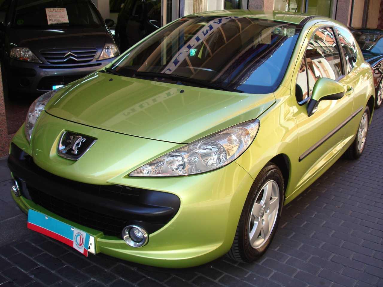 Peugeot 207 1.4 XS   - Foto 1