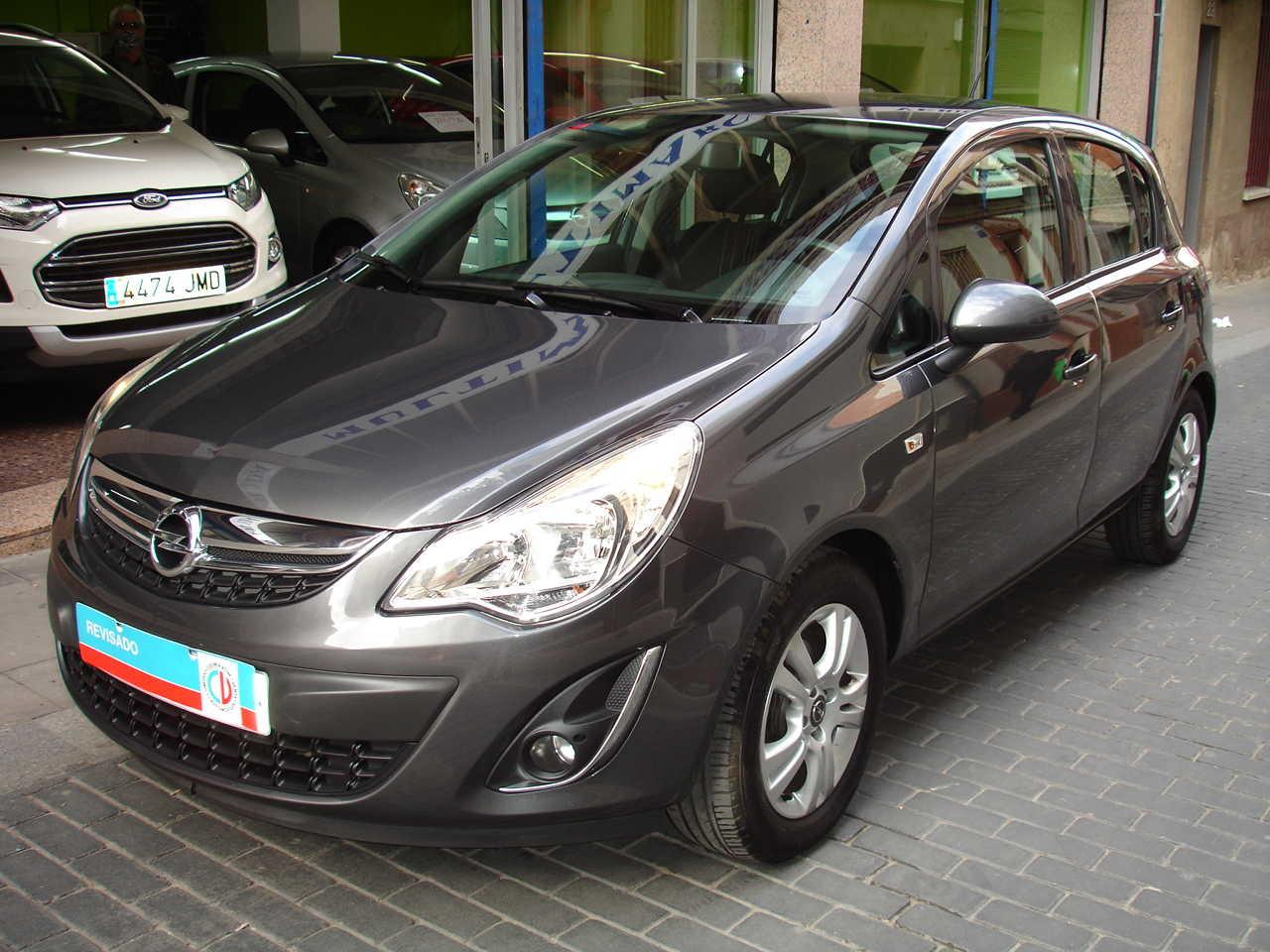 Opel Corsa 1.2 Selective   - Foto 1