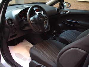 Opel Corsa 1.4 ENJOY C'MON   - Foto 2