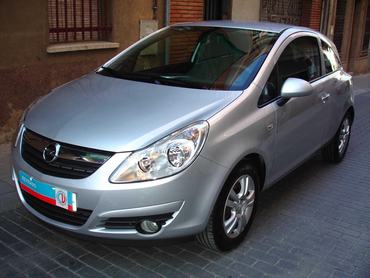 Opel Corsa 1.4 ENJOY C'MON   - Foto 1