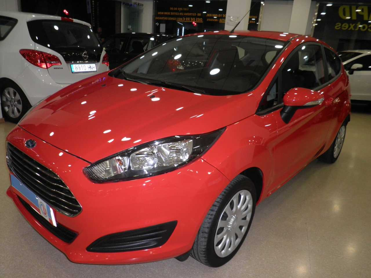 Ford Fiesta 1.2 TREND   - Foto 1