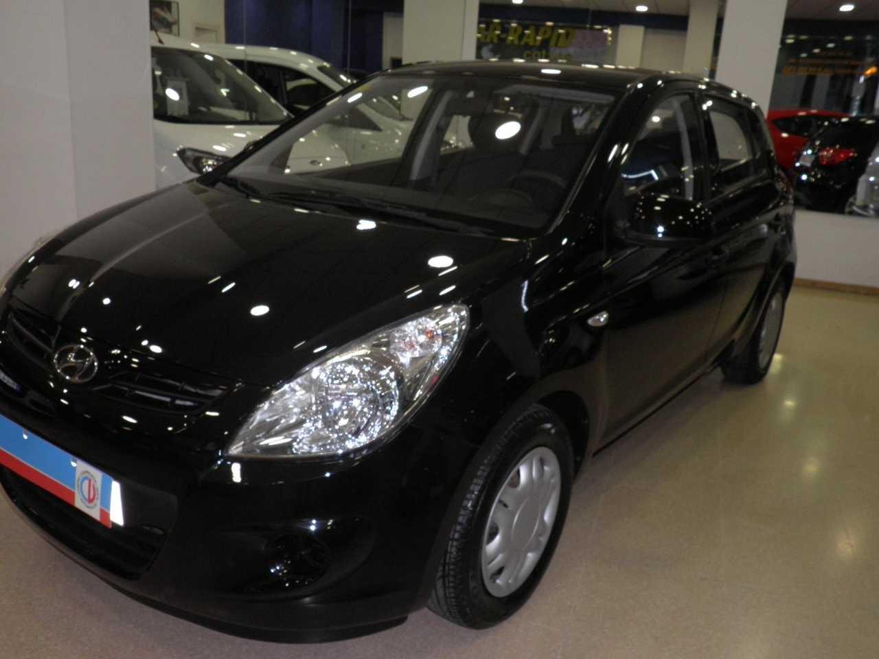 Hyundai i20 1.2 COMFORT   - Foto 1