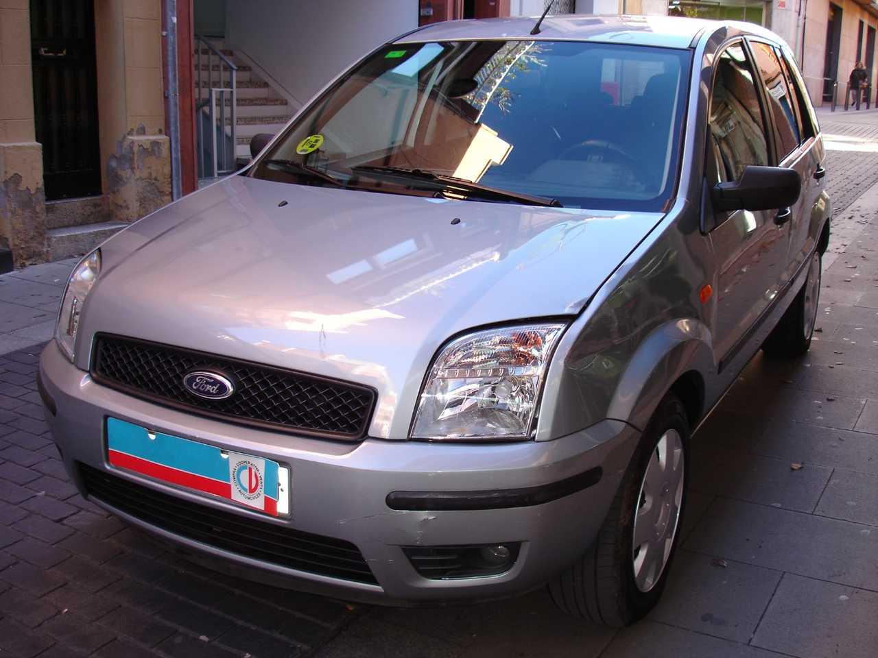 Ford Fusion 1.4 AUTOMATICO ADAPTADO A MINUSVALIDO   - Foto 1