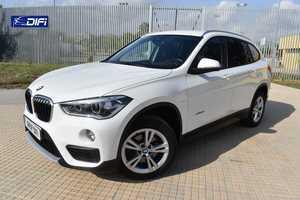 BMW X1 sDrive18d   - Foto 2