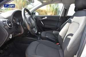 Audi A1  Sportback Attraction 1.4 TDI 66kW 90CV Sportback   - Foto 17