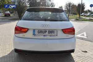Audi A1  Sportback Attraction 1.4 TDI 66kW 90CV Sportback   - Foto 4