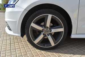 Audi A1  Sportback Attraction 1.4 TDI 66kW 90CV Sportback   - Foto 14