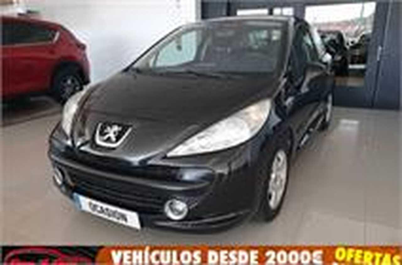 Peugeot 207 1.4 16v XLine   - Foto 1