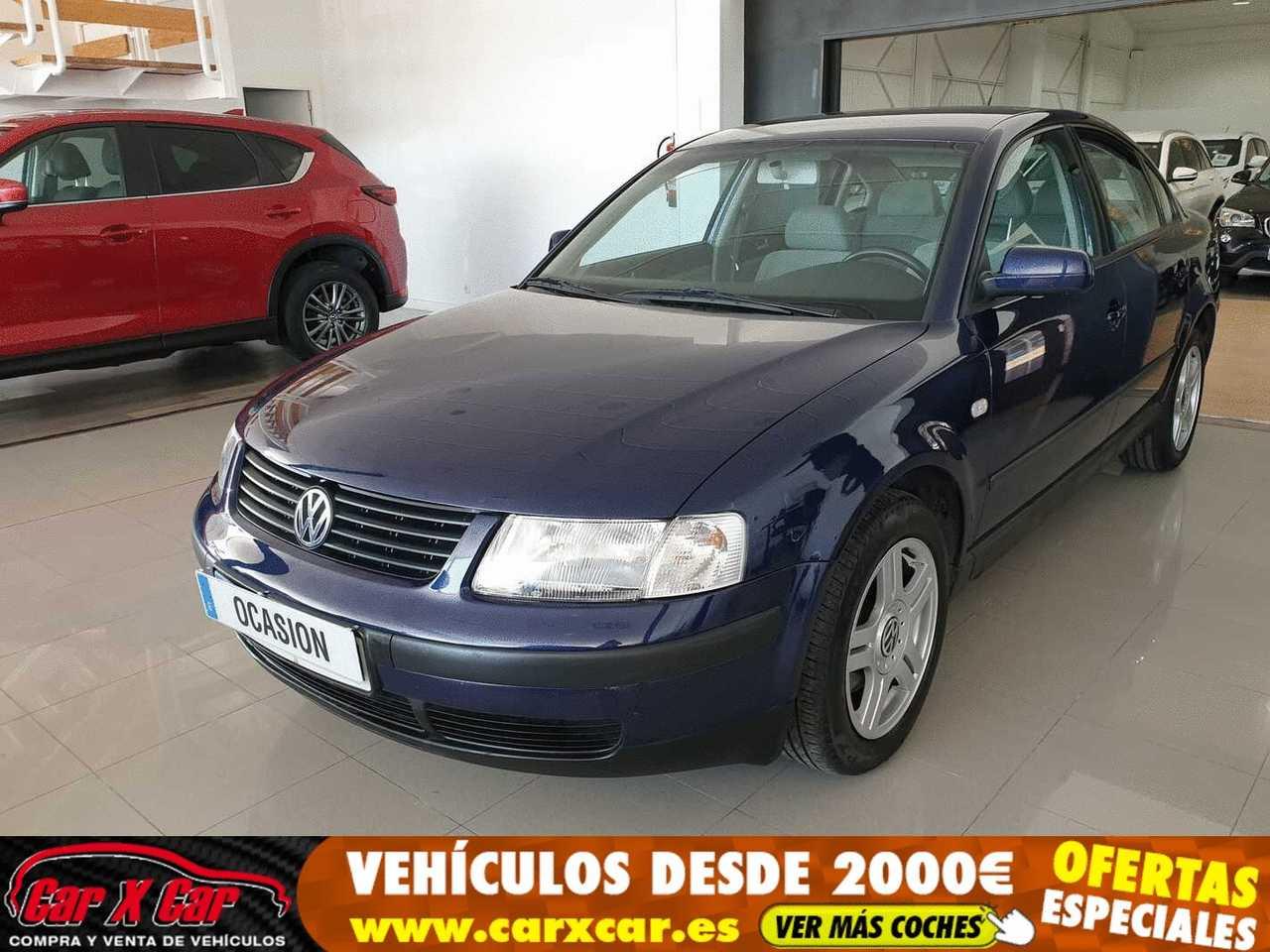 Volkswagen Passat 1.9 TDI COMFORTLINE   - Foto 1