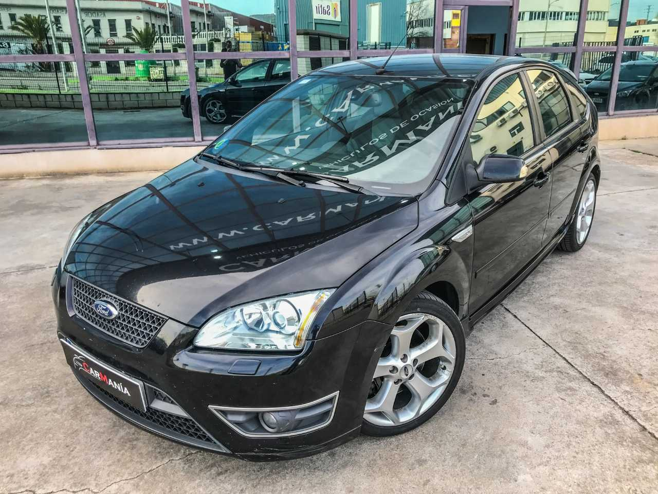 Ford Focus 2.5 ST   - Foto 1