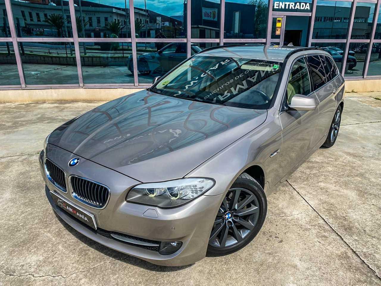 BMW Serie 5 Touring 520D   - Foto 1