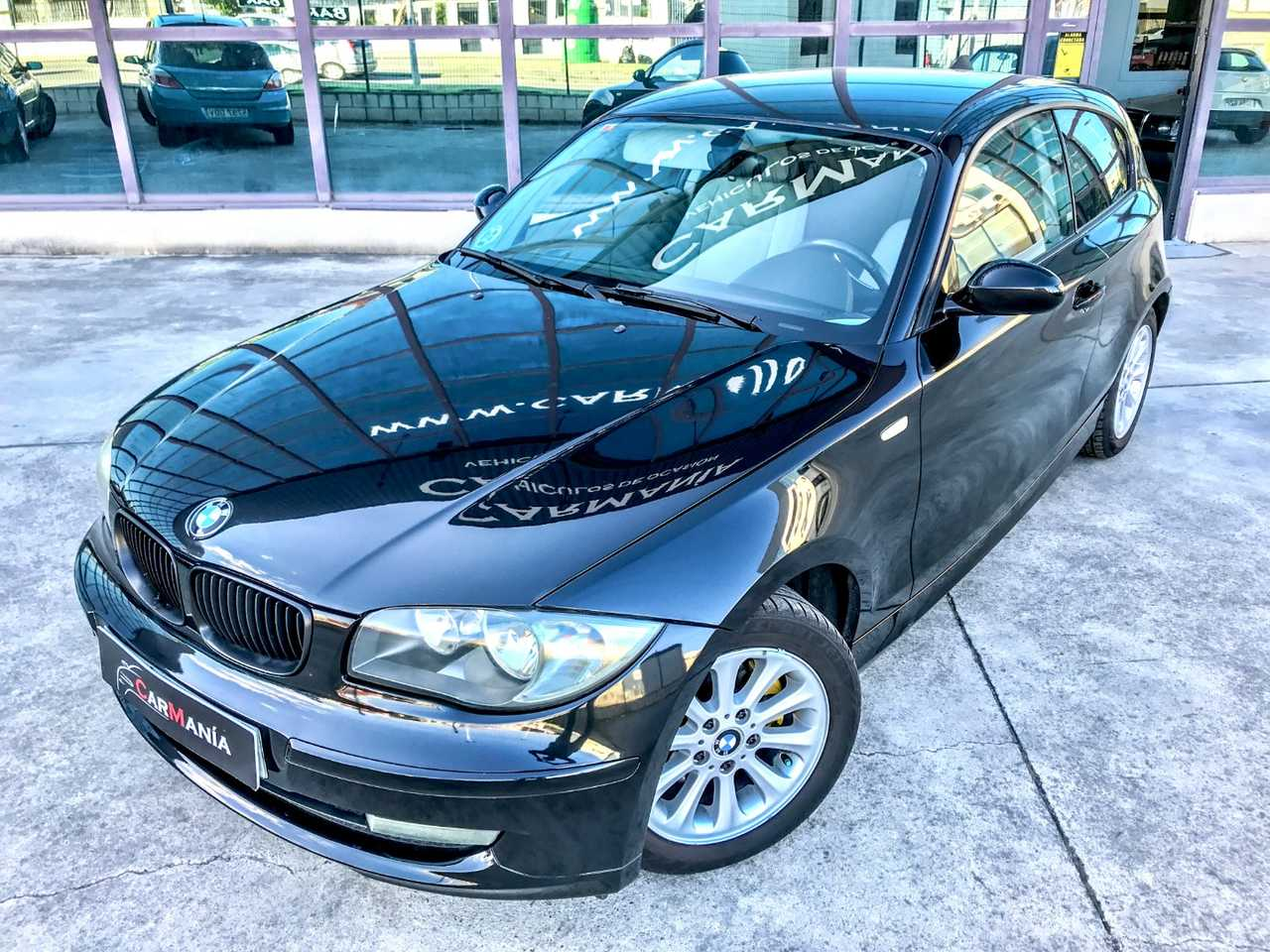 BMW Serie 1 120d    - Foto 1