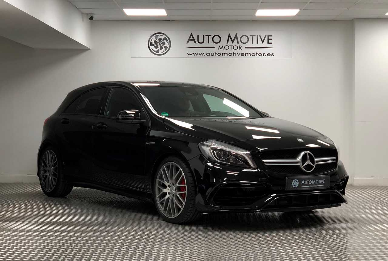 Mercedes Clase A 45 AMG PERFORMANCE   - Foto 1
