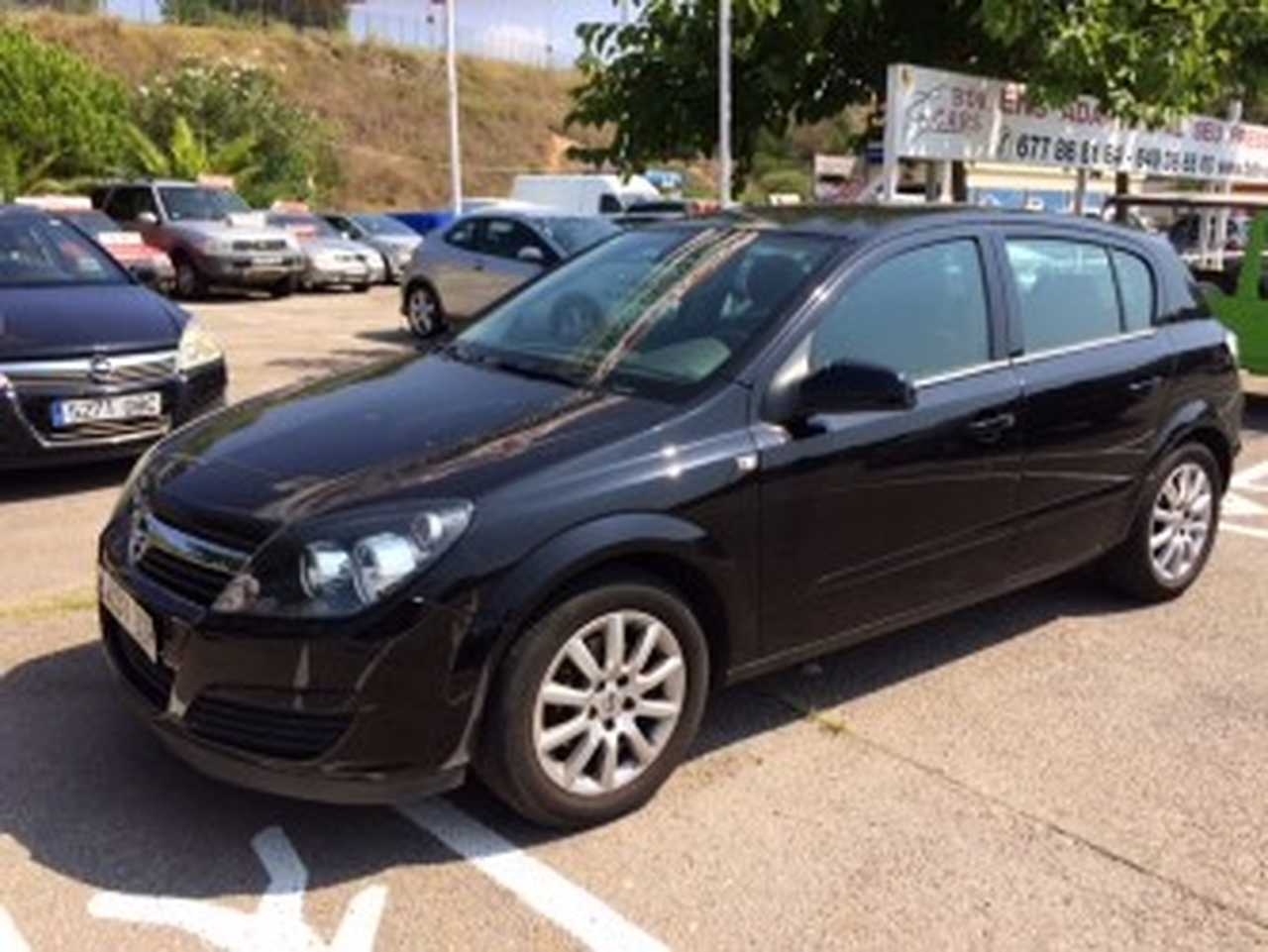Opel Astra 1.8 I 5P   - Foto 1