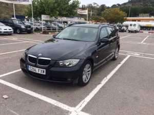 BMW Serie 3 Touring 318  2.0D  6 VELOCIDADES   - Foto 2