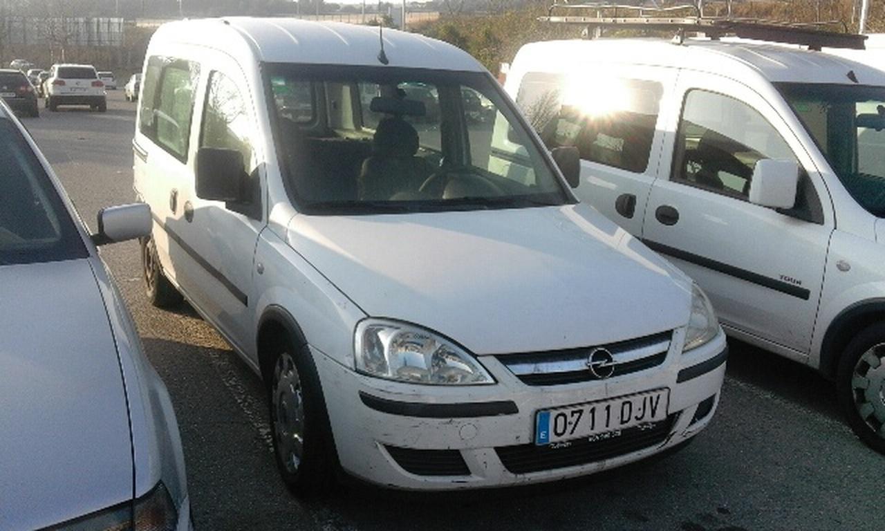 Opel Combo 1.3CDTI COMBI   - Foto 1