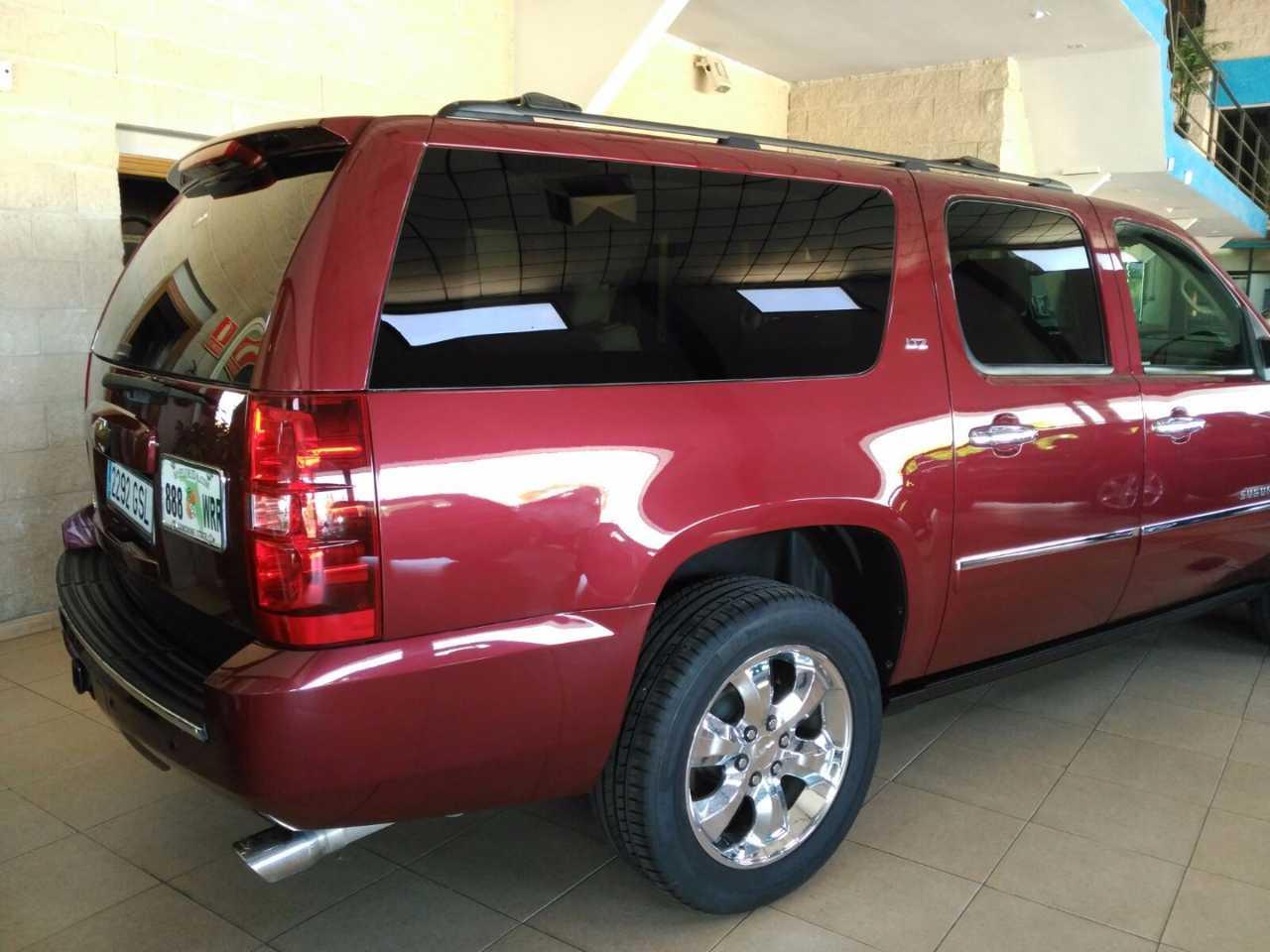 Chevrolet Suburban LTZ 6.0   - Foto 1