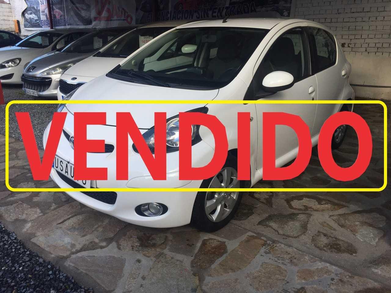 Toyota Aygo 1.0 VVT-i CONNECT   - Foto 1