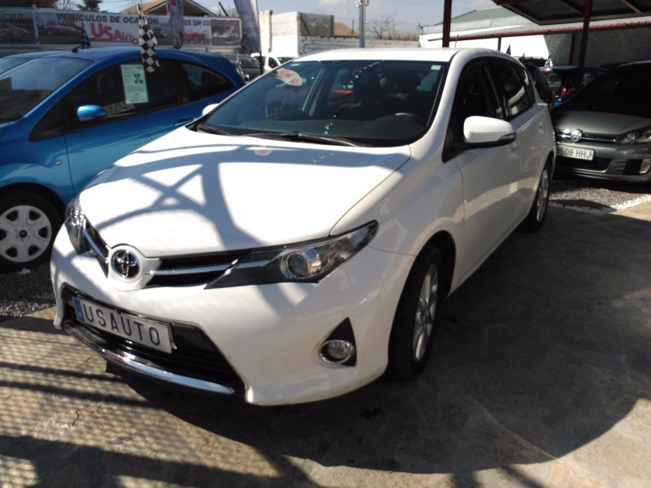 Toyota Auris 1.4 90 D ACTIVE   - Foto 1