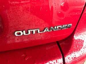 Mitsubishi Outlander 2.0 DID Intense 4X4   - Foto 15
