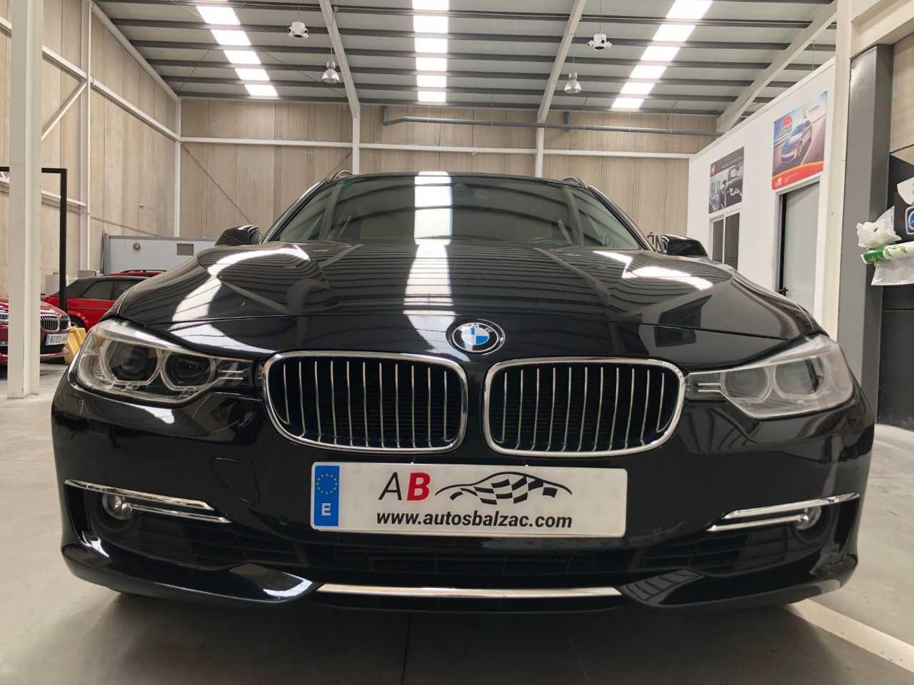 BMW Serie 3 Touring 330dA xDrive   - Foto 1