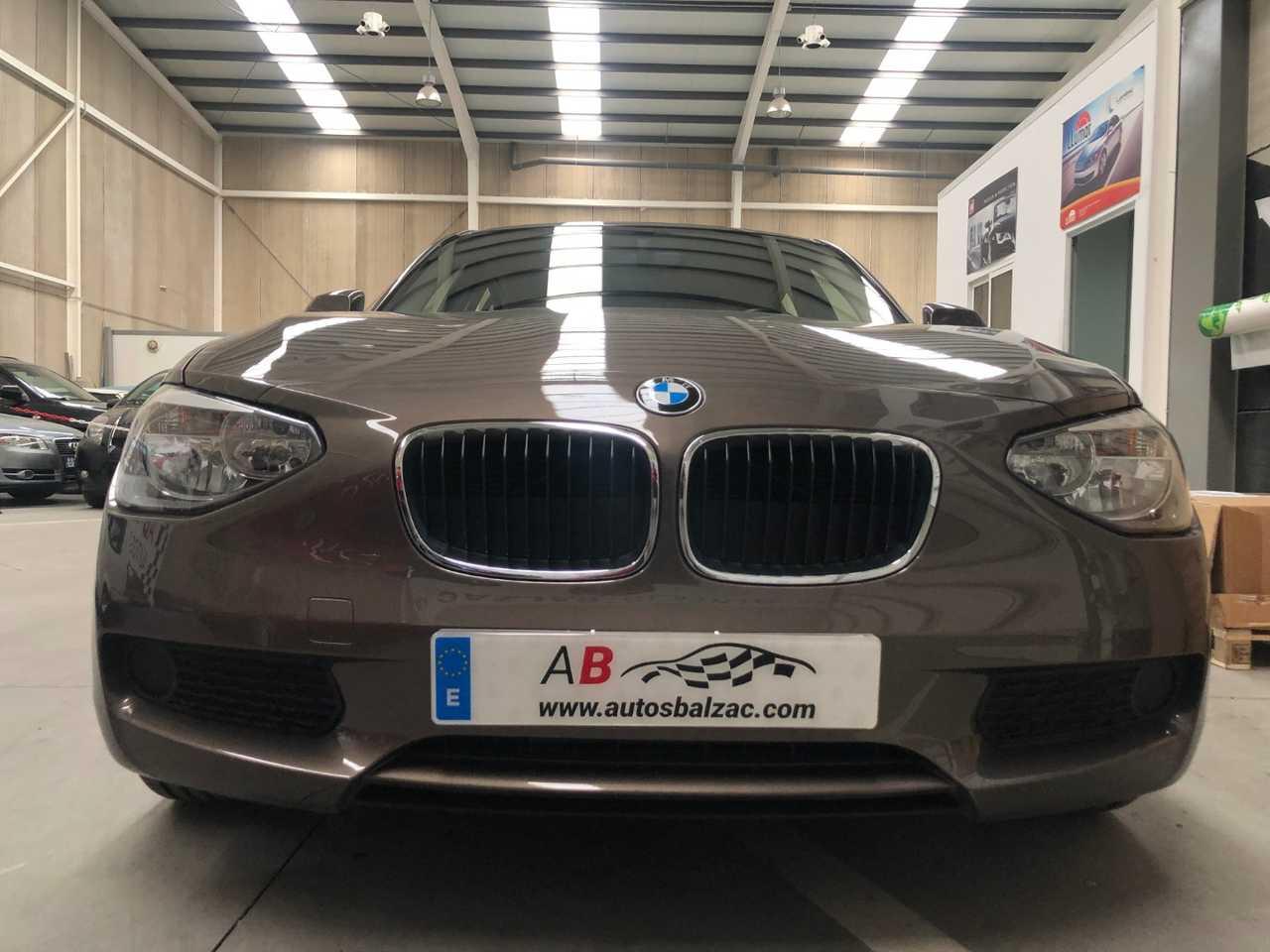 BMW Serie 1 116d EfficientsDynamics 116cvs   - Foto 1