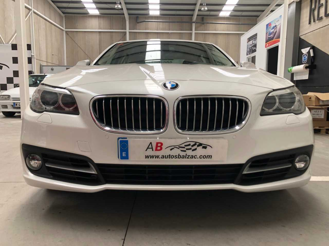 BMW Serie 5 520dA 190cvs   - Foto 1