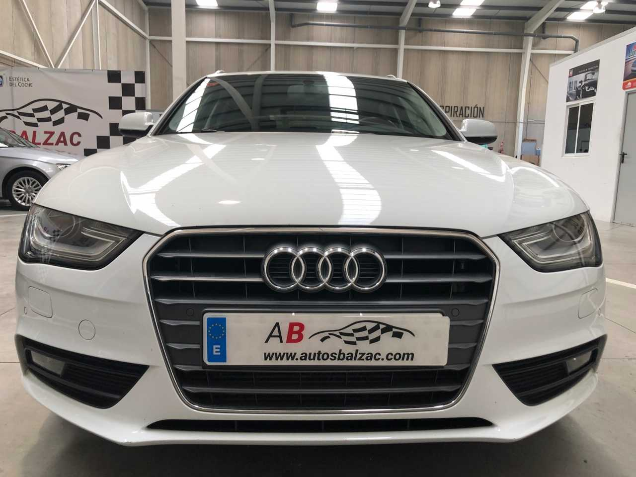 Audi A4 Avant 2.0 TDI S Line Edition   - Foto 1