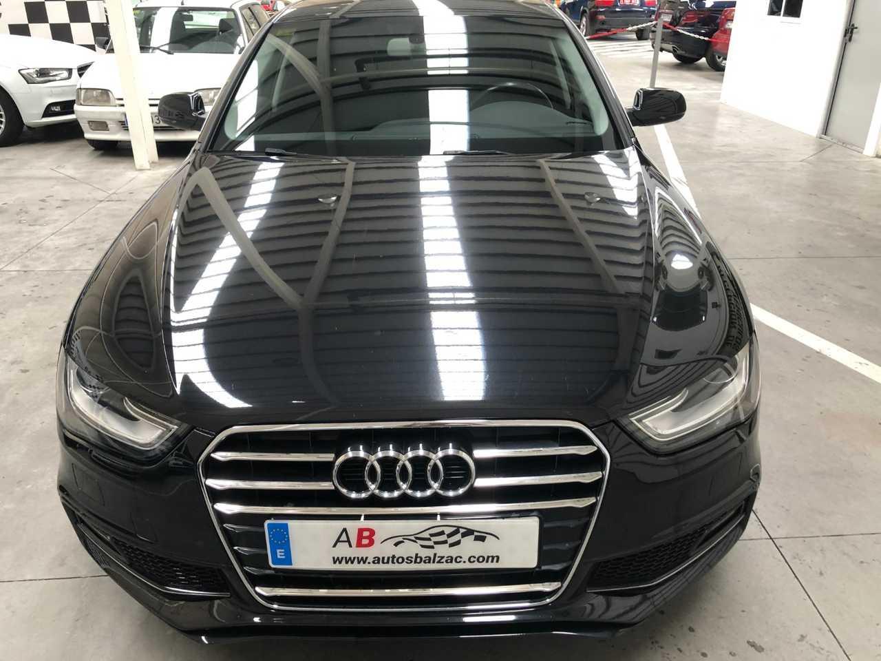 Audi A4 2.0 TDI 150 S Line Edition   - Foto 1