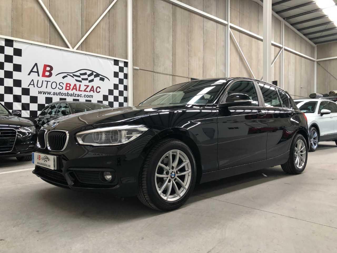 BMW Serie 1 118iA 135cvs   - Foto 1