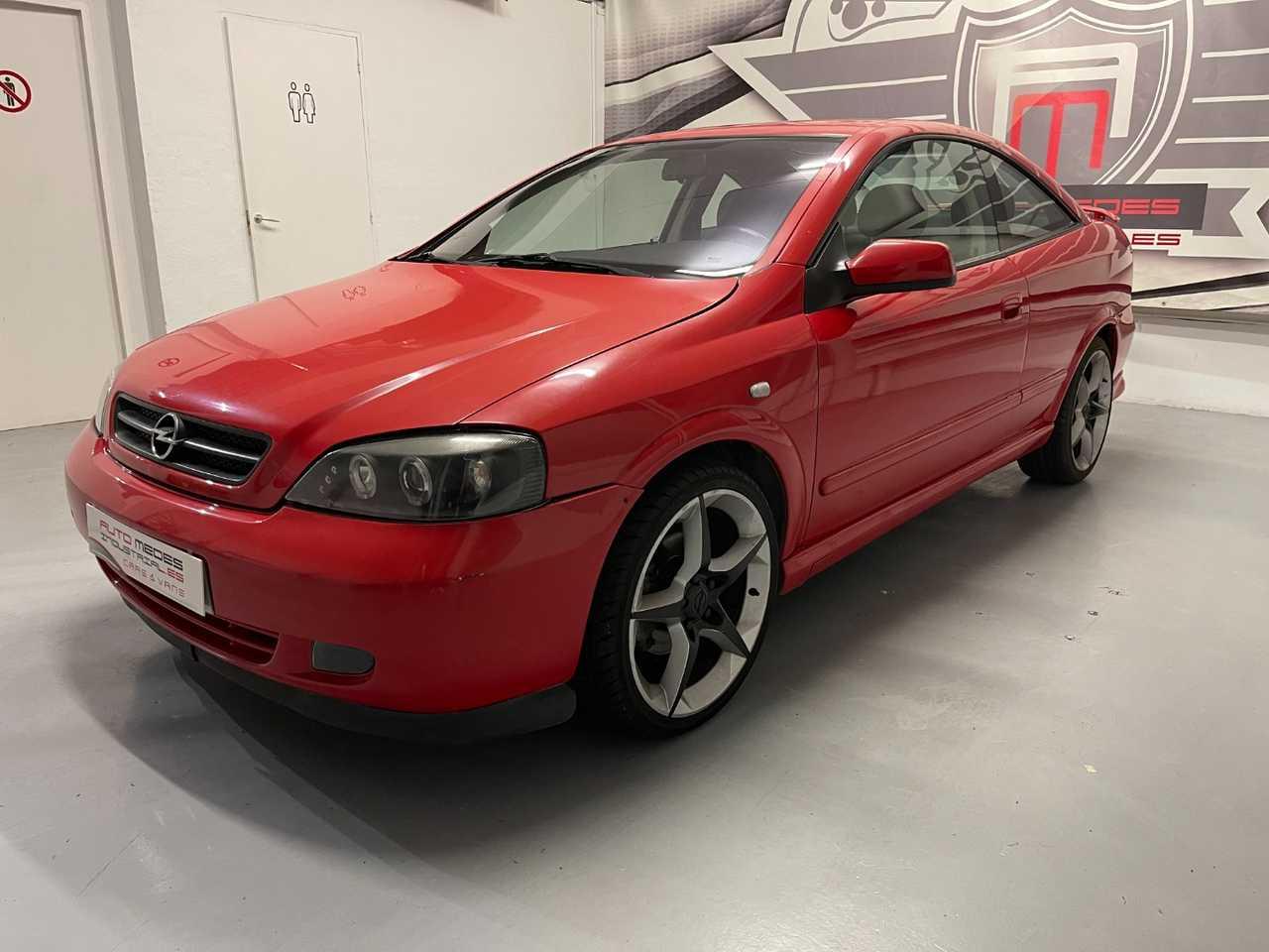 Opel Astra Coupe BERTONE EDITION   - Foto 1