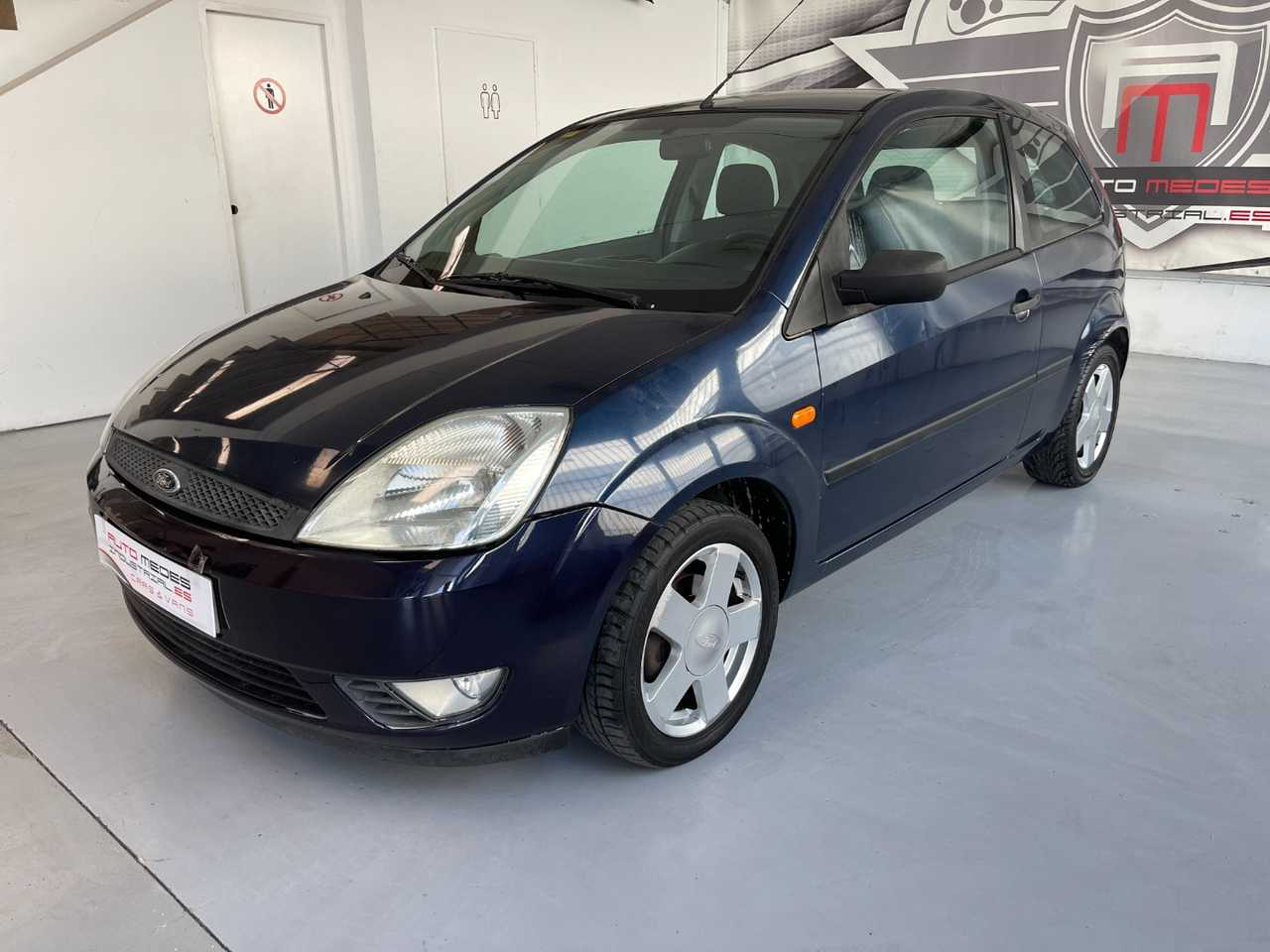 Ford Fiesta 1.4 Trend Coupe   - Foto 1