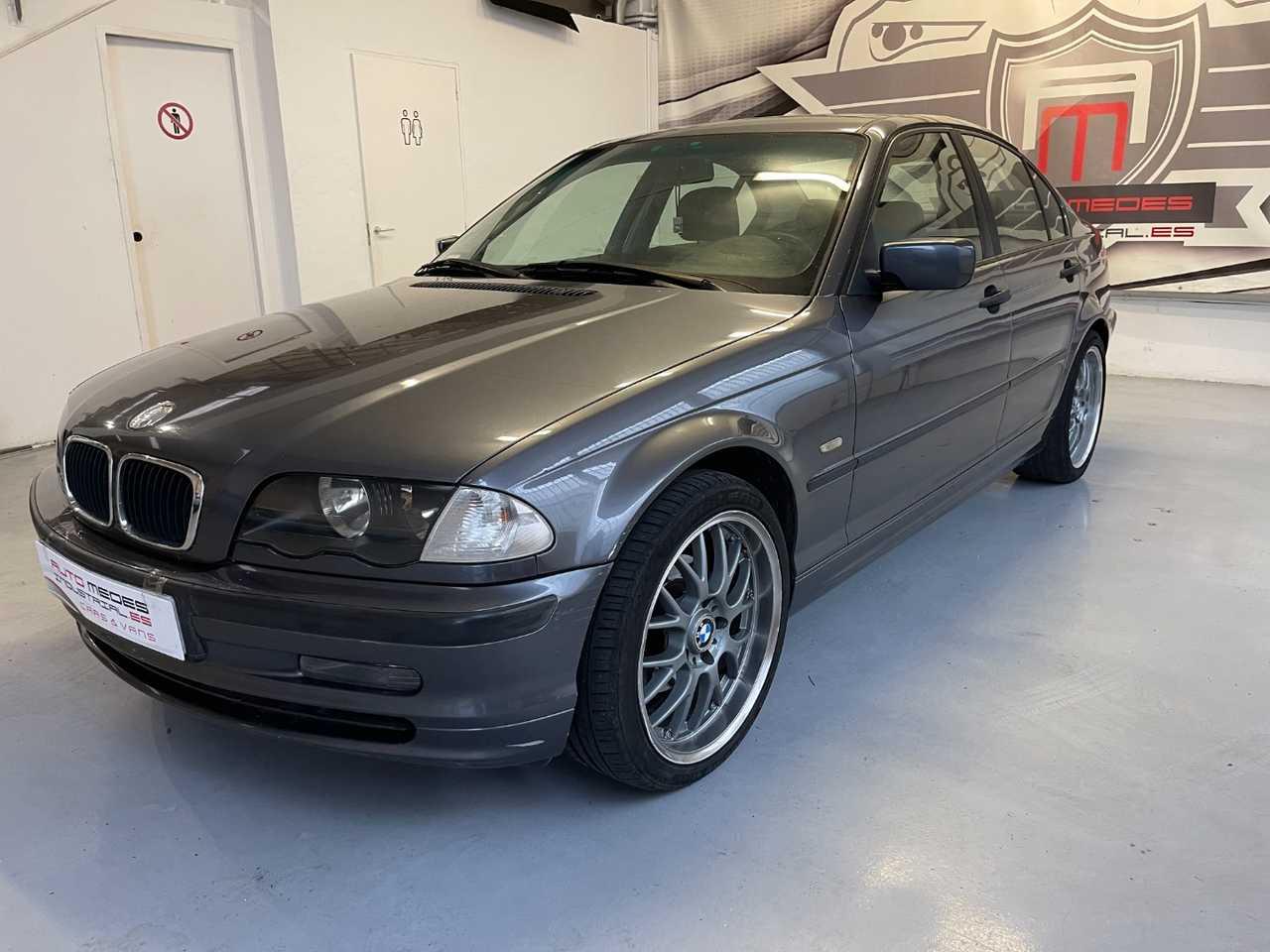 BMW Serie 3 E46 320D   - Foto 1