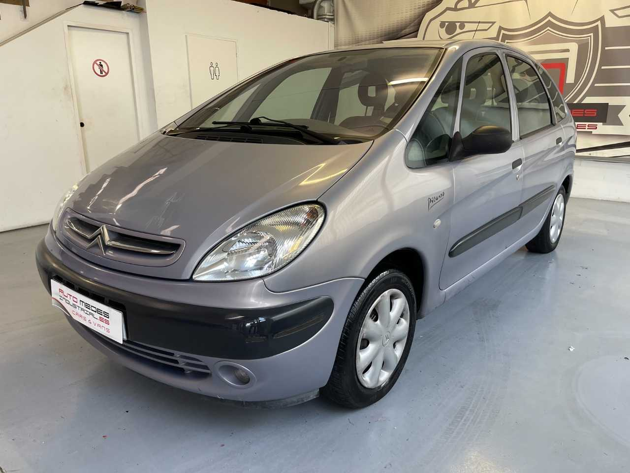 Citroën C4 Picasso 1.6i   - Foto 1