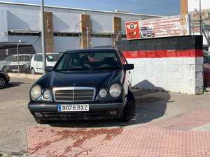 Mercedes Clase E 290TD   - Foto 3