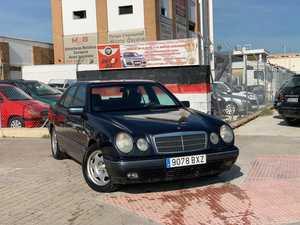 Mercedes Clase E 290TD   - Foto 2