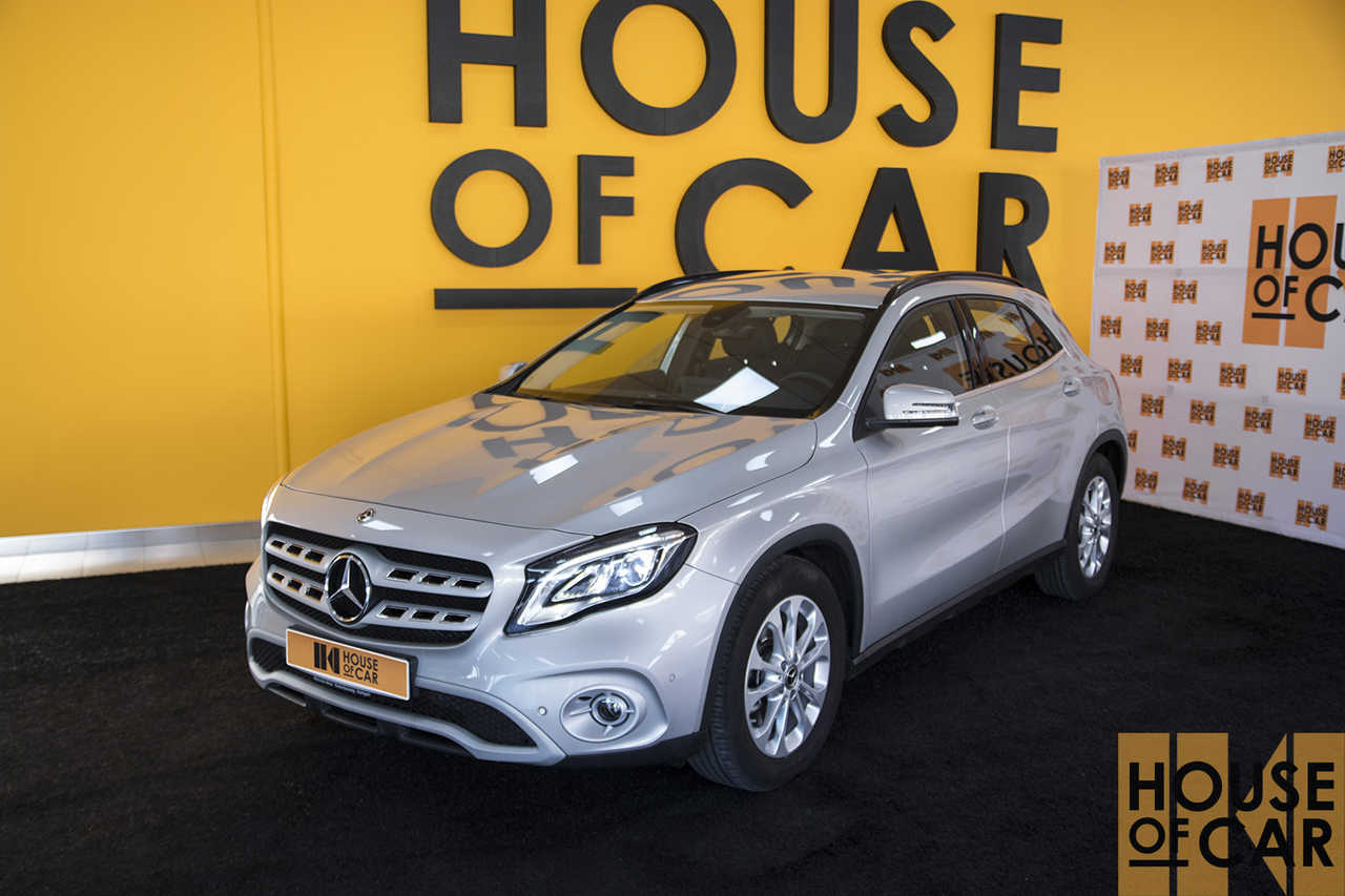 Mercedes GLA 2.0   - Foto 1