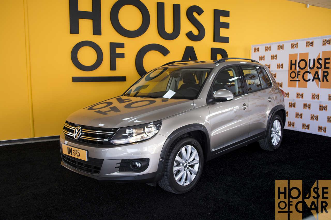 Volkswagen Tiguan 2.0   - Foto 1