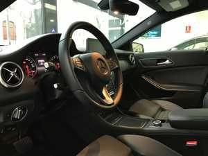 """Mercedes Clase A 180 7G-DCT/AMG Style/Car Play/Camara Trasera/Llanta 18""""   - Foto 3"""