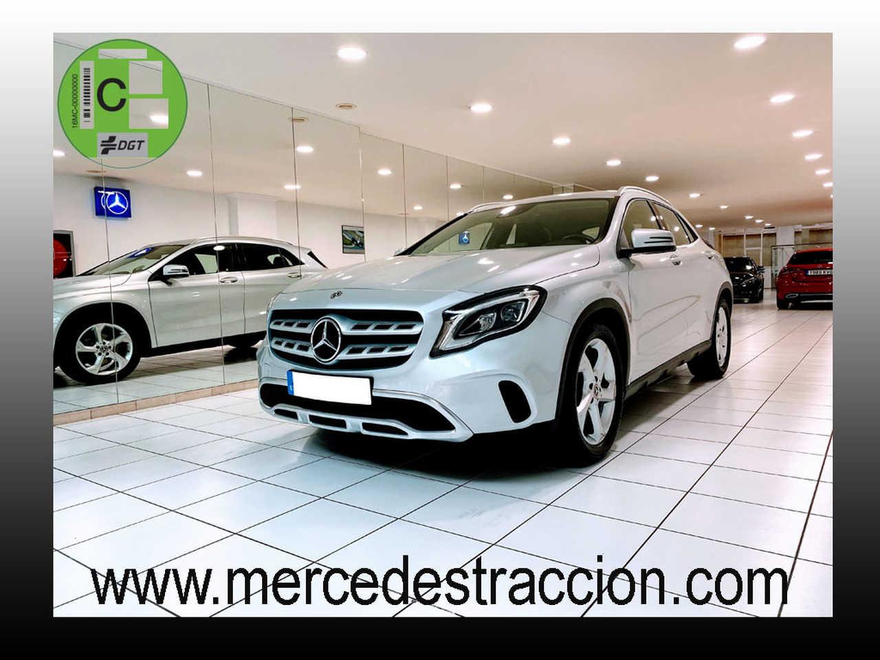Mercedes GLA 180 7G-DCT/Car Play/Camara Trasera/Navegador   - Foto 1
