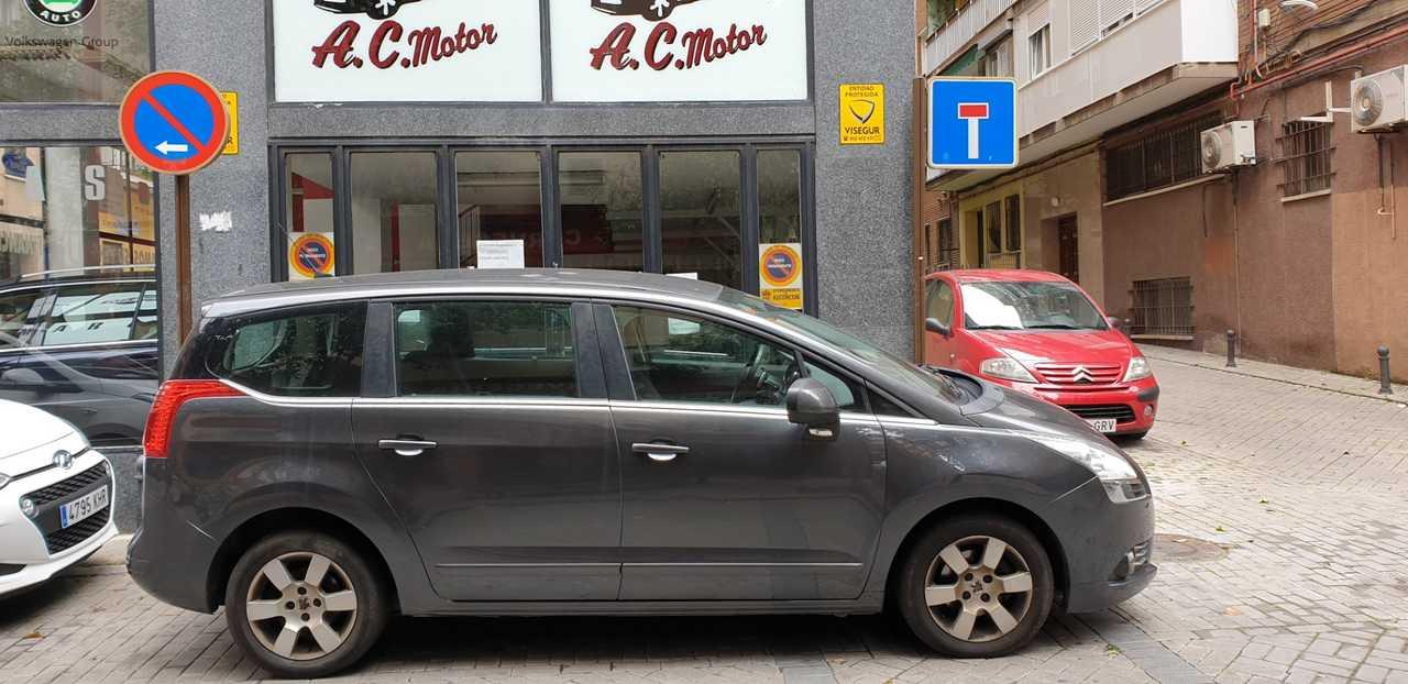 Peugeot 5008 Active 1.6 HDI 115 FAP 7 PLAZAS   - Foto 1