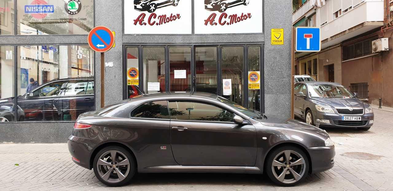 Alfa Romeo GT 1.9 JTD Q2 3p 150cv   - Foto 1