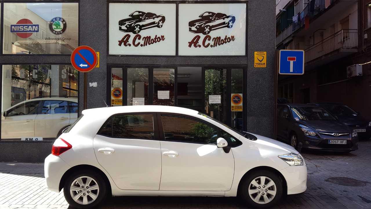 Toyota Auris 1.4 D4D DPF Active Eco 5p   - Foto 1