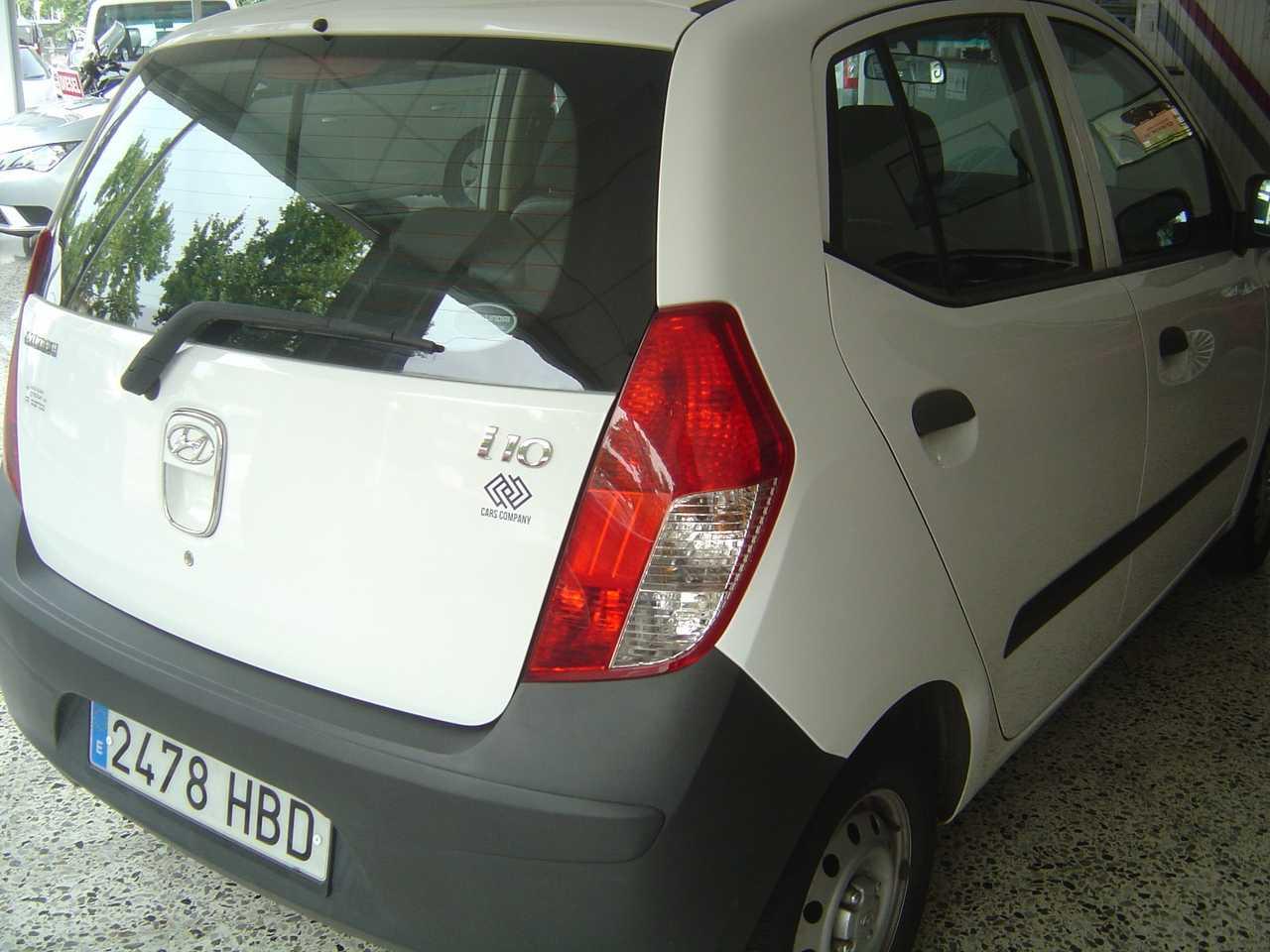 Hyundai i10 1.1 CONFORT   - Foto 1