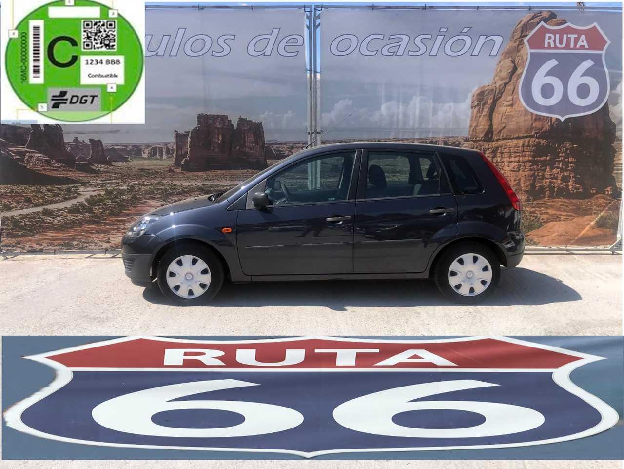 Ford Fiesta 1.4 futura   - Foto 1