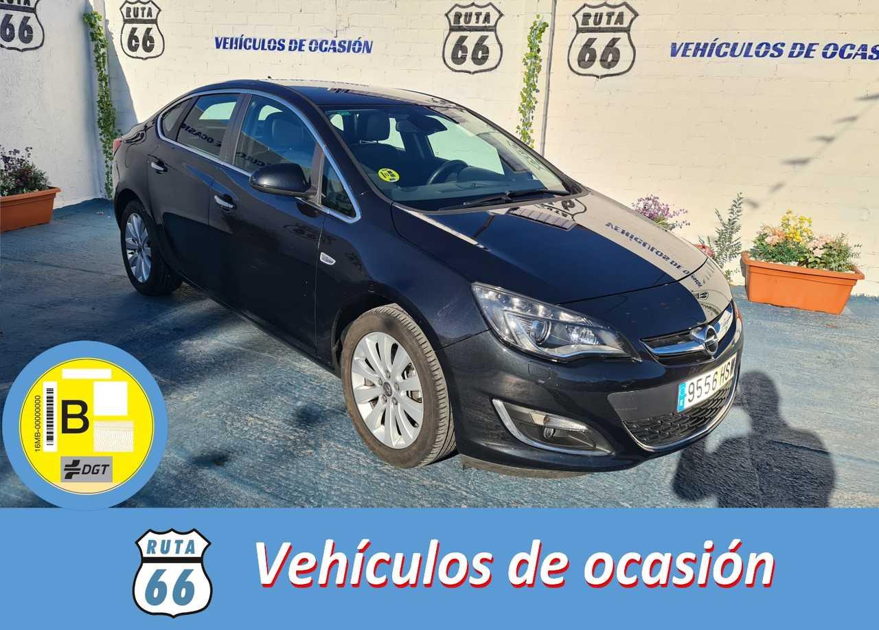 Opel Astra Sedán 1.7 CDTi 110 CV Excellence 4p.   - Foto 1