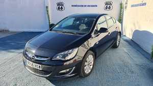 Opel Astra Sedán 1.7 CDTi 110 CV Excellence 4p.   - Foto 2